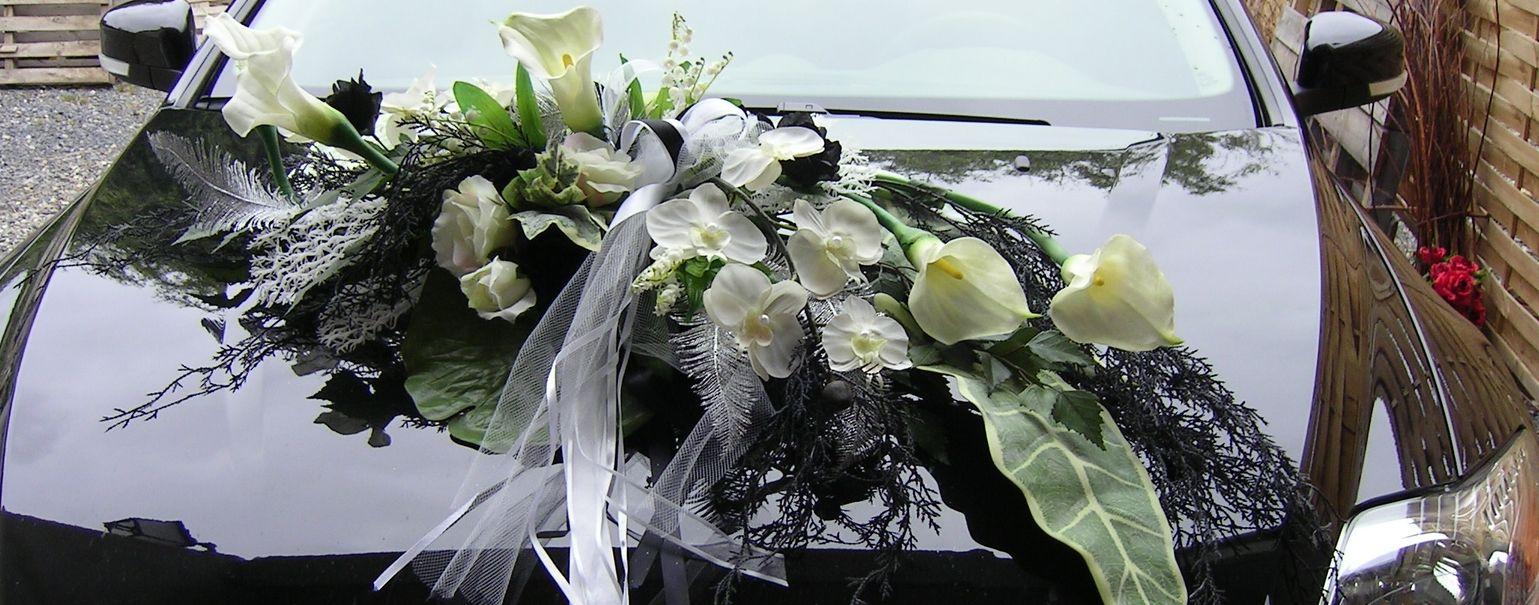 Décoration florale de la voiture de mariage sur compiègne et noyon